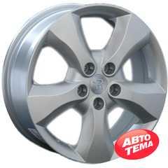 REPLICA Renault AF 8988 Silver - Интернет магазин шин и дисков по минимальным ценам с доставкой по Украине TyreSale.com.ua