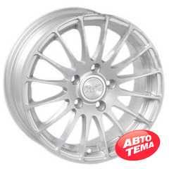 Купить ALEKS 5035 S R15 W6 PCD5x114.3 ET35 DIA73.1