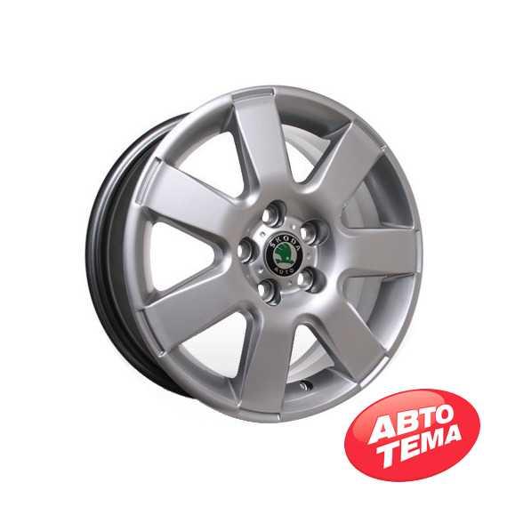 STORM YQR-153 HS - Интернет магазин шин и дисков по минимальным ценам с доставкой по Украине TyreSale.com.ua