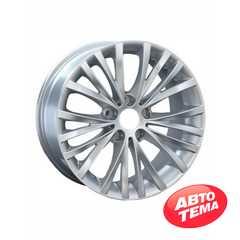 Купить REPLAY B126 Silver R18 W8 PCD5x120 ET34 DIA72.6